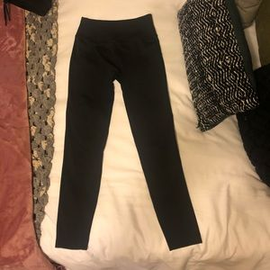 "Lululemon compression leggings 25"""